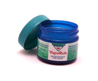 Vicks Vaporub para desinflamar el estómago